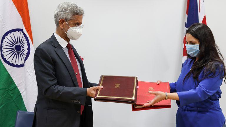 04/05/2021. London, United Kingdom. G7 HS Priti Patel Bilat with Subrahmanyam Jaishankar from India. Home Office. Picture by Tim Hammond / No 10 Downing Street