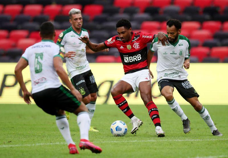 Brasileiro Championship - Flamengo v America Mineiro