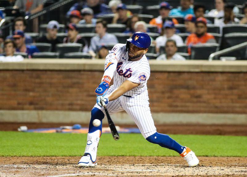 MLB: Game Two-Philadelphia Phillies at New York Mets