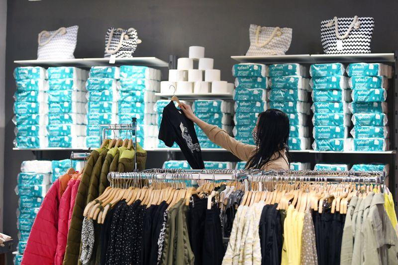 Fashion store in Freyung starts selling toiletries next to clothes
